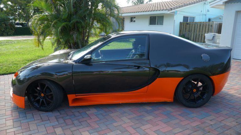 """""""Hô biến"""" xe Honda Civic thành Bugatti Veyron triệu đô"""