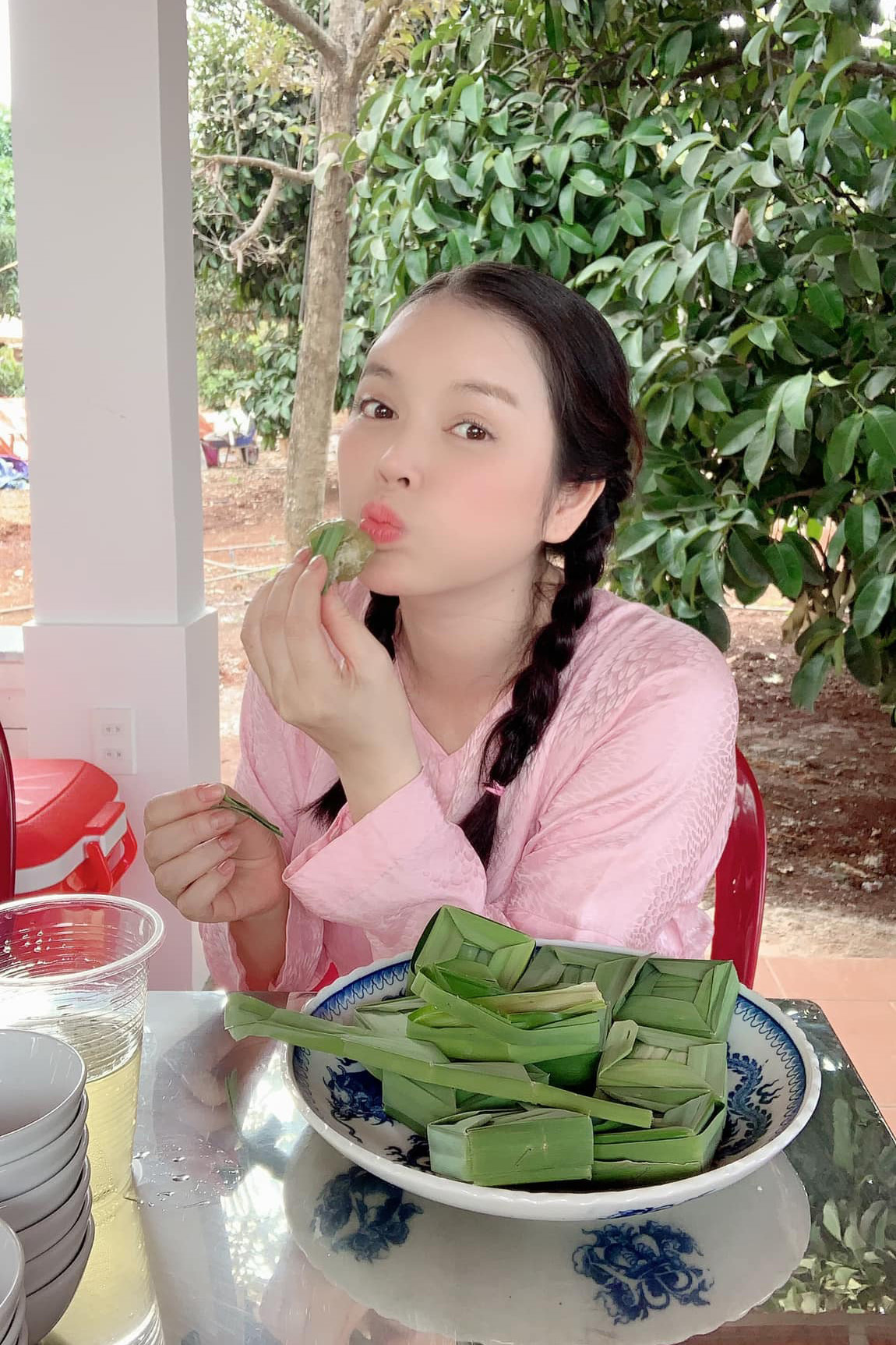 Trương Ngọc Ánh đọ sắc cùng Hà Kiều Anh, bà xã Bình Minh