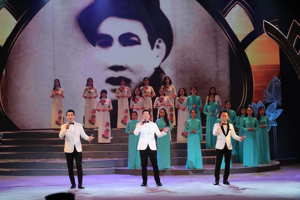 Chương trình nghệ thuật đặc biệt 'Dâng Người tiếng hát mùa xuân'