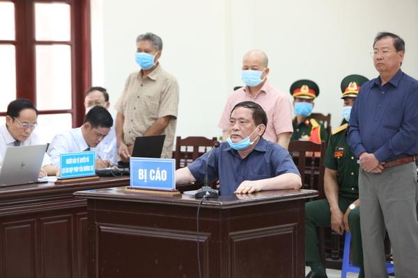 Ông Nguyễn Văn Hiến hầu tòa vì hàng ngàn m2 đất quốc phòng 'bốc hơi'