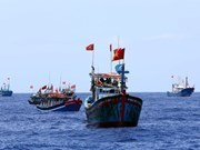 Fishermen defend national seas