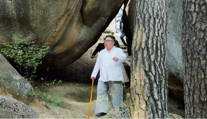 Kim Jong Un làm việc bất kể ngày lễ, sinh nhật
