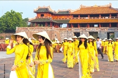 Vietnam's tourism sector prepares for restart