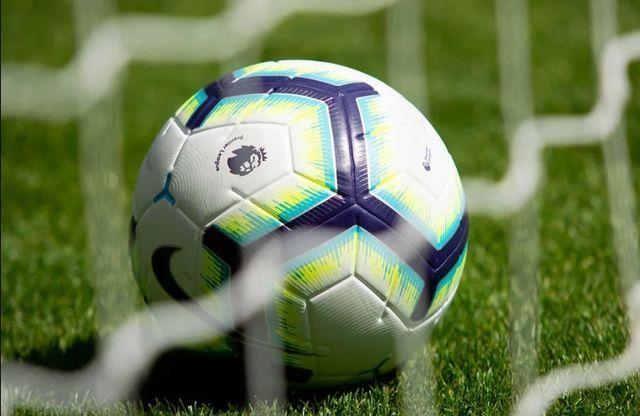 MU ký 6 tài năng nhí, Premier League đồng loạt ra quân