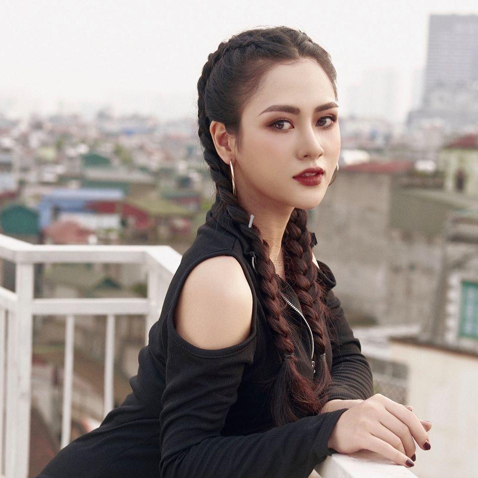 Việt Hoa 'Đào đanh đá': Bốp chát, gai góc trên phim, ngoài đời nhút nhát