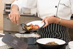 Lý do nhiều nhà hàng không để khách mang đồ ăn thừa về khiến bạn bất ngờ