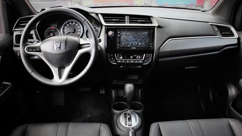 SUV dưới 700 triệu: Chọn Honda BR-V, Toyota Rush hay Suzuki XL7?