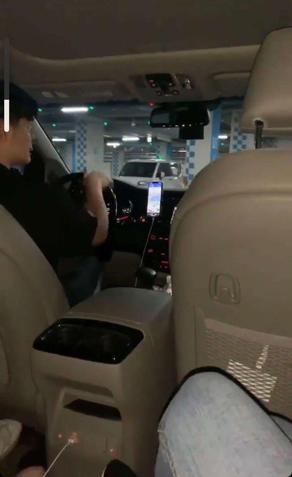 Quản lý BTS bị phản ứng vì dùng xe chuyên dụng đi chơi với bạn gái