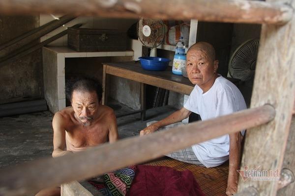 Ám ảnh những phận đời sống trong ba căn nhà 'đau khổ'