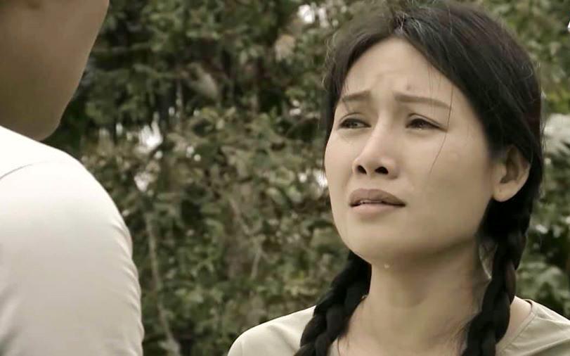 Văn Phượng 'Mẹ ghẻ' lột xác khác hẳn hình ảnh khổ cực trên phim
