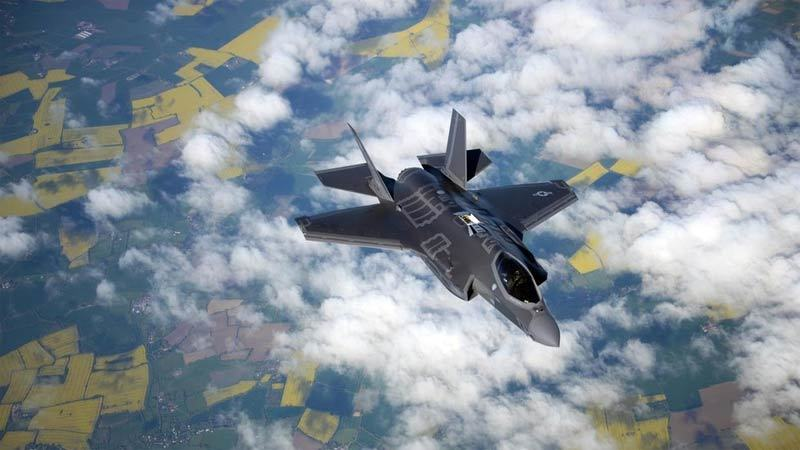 Chiến cơ Mỹ rơi khi đang huấn luyện, phi công nhảy dù thoát thân