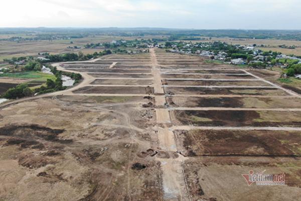 """Dự án """"ma"""" mọc trên đất nuôi trồng thuỷ sản: Xử phạt chủ đất 40 triệu đồng"""