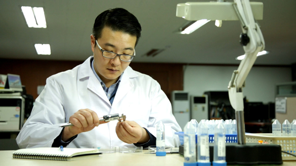 Chọn máy lọc nước điện giải ion kiềm theo cách của chuyên gia