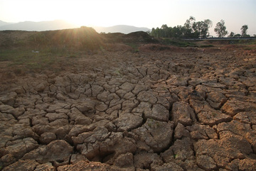 Vietnam hit with severe hot weather