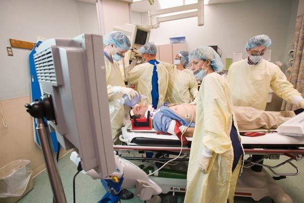 Bệnh nhân Covid-19 khiến các bác sĩ Mỹ đau đầu vì triệu chứng hiếm gặp
