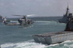 Đối phó Mỹ, Venezuela điều quân đội tháp tùng tàu chở dầu Iran