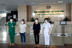 Nhân viên Trường Sinh tái dương tính ra viện sau 52 ngày điều trị