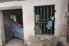Người đàn bà điên sống trong căn nhà hoang suốt 20 năm ở Hải Phòng