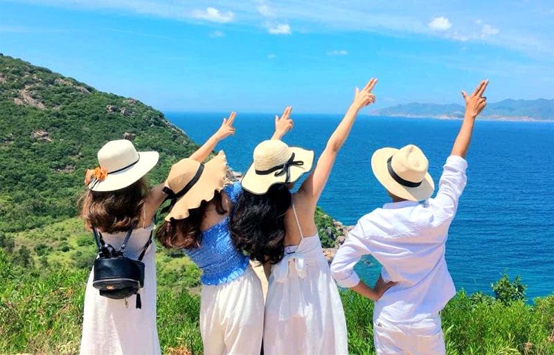 Kích cầu du lịch nội địa: Nghỉ hè thêm 1 tháng, phát tiền cho dân đi du lịch  - VietNamNet
