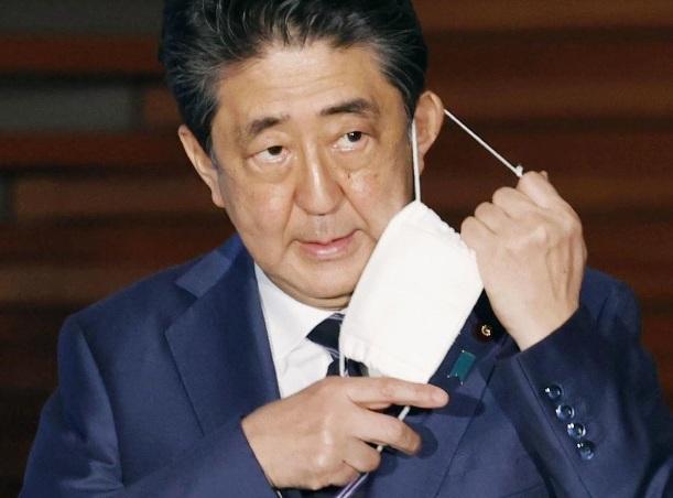 Hàng triệu người Mỹ thất nghiệp vì Covid-19, Nhật có thể dỡ bỏ phong tỏa Tokyo