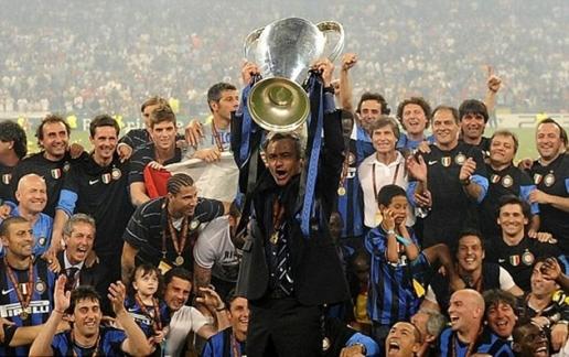"""Ngày này năm xưa: Mourinho hoàn tất cú """"ăn 3"""" cùng Inter"""