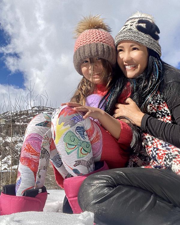 Diva Hồng Nhung: Chưa có ai cầu hôn tôi cả!