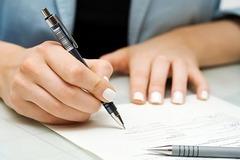 Nữ kế toán trung tâm giám định 'làm phép' ngàn hồ sơ, tham ô tiền tỷ