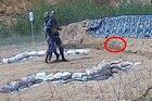 Tân binh Hải quân Trung Quốc suýt mất mạng vì lỗi ném lựu đạn