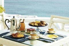 Lý do các khách sạn thường phục vụ bữa sáng miễn phí cho khách