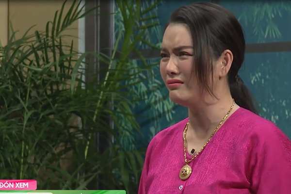 Lý Nhã Kỳ, Khánh Vân òa khóc nức nở tập 1 'Ơn giời cậu đây rồi'