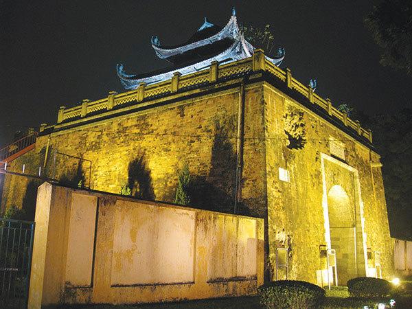 The Thang Long ImperialCitadel complex,unearths citadel's secrets,new excavation
