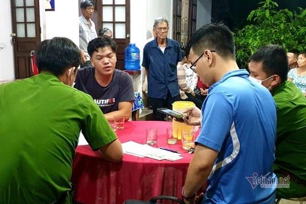 Rơi từ tầng 16, thi thể công nhân được cho vào xe chở từ Đà Nẵng ra Huế