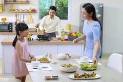 Phụ nữ hiện đại: ăn để khỏe mà còn phải đẹp