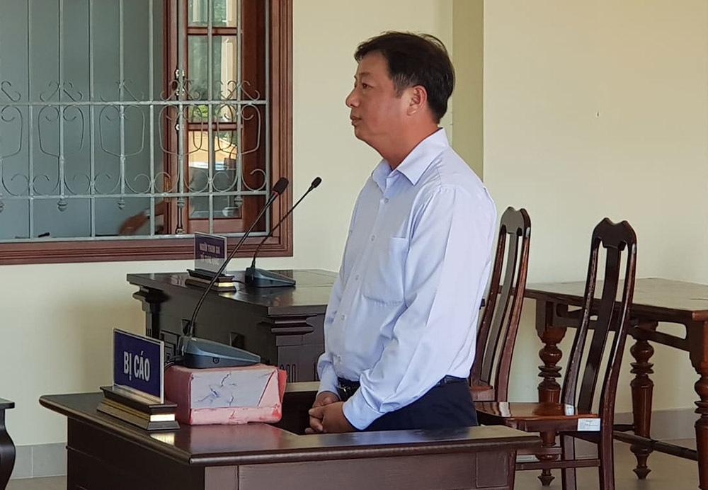 Phó phòng Đài Phát thanh truyền hình chém người lĩnh 9 tháng tù