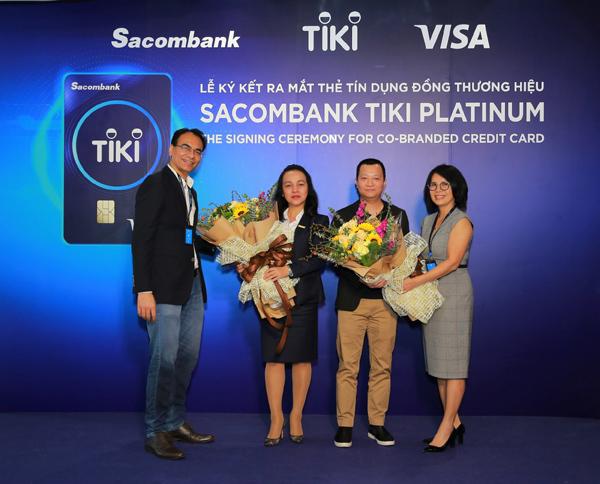 Thương mại điện tử 'bắt tay' ngân hàng vì lợi ích khách hàng