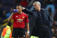Alexis Sanchez đổ lỗi Mourinho khiến sự nghiệp thê thảm ở MU