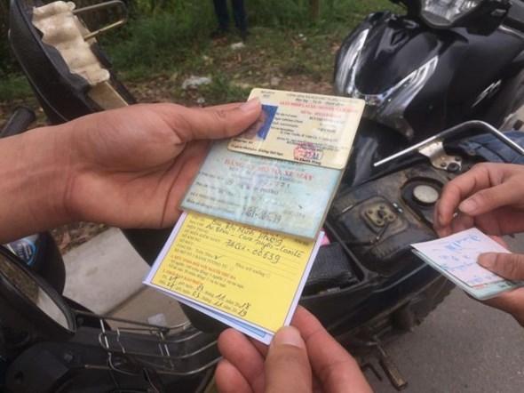 Bảo hiểm xe máy: Minh bạch, đơn giản, dân mới tin