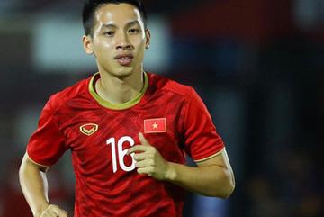 Hung Dung beats Quang Hai to winGolden Ball award