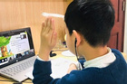 Phụ huynh cần 'phòng thủ' chủ động để bảo vệ trẻ em trên không gian mạng
