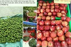 Sấu non đắt hơn trái cây nhập khẩu vẫn hút khách, tiểu thương 'hốt bạc'