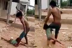 Cha bắt trói, đánh đập con gái 6 tuổi tàn nhẫn ở miền Tây