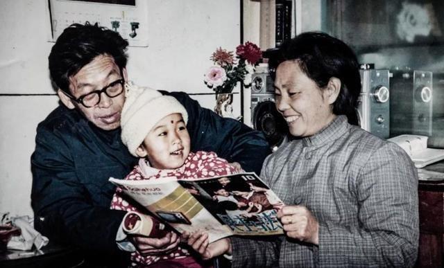 Nụ hôn của vợ giúp cụ ông 85 tuổi sống sót diệu kỳ