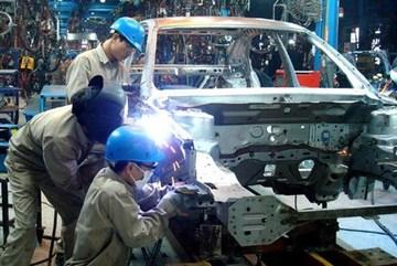 Hưởng thuế ưu đãi 0%, ô tô nội vào đợt giảm giá sâu