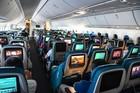 Bị phạt hơn 8 triệu chỉ vì chuyện dựng lưng ghế máy bay