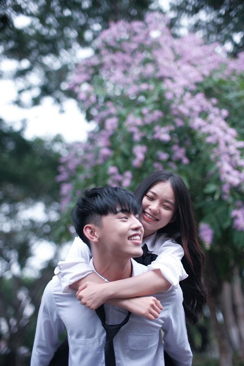 Phùng Khánh Linh trở lại với MV nhạc phim