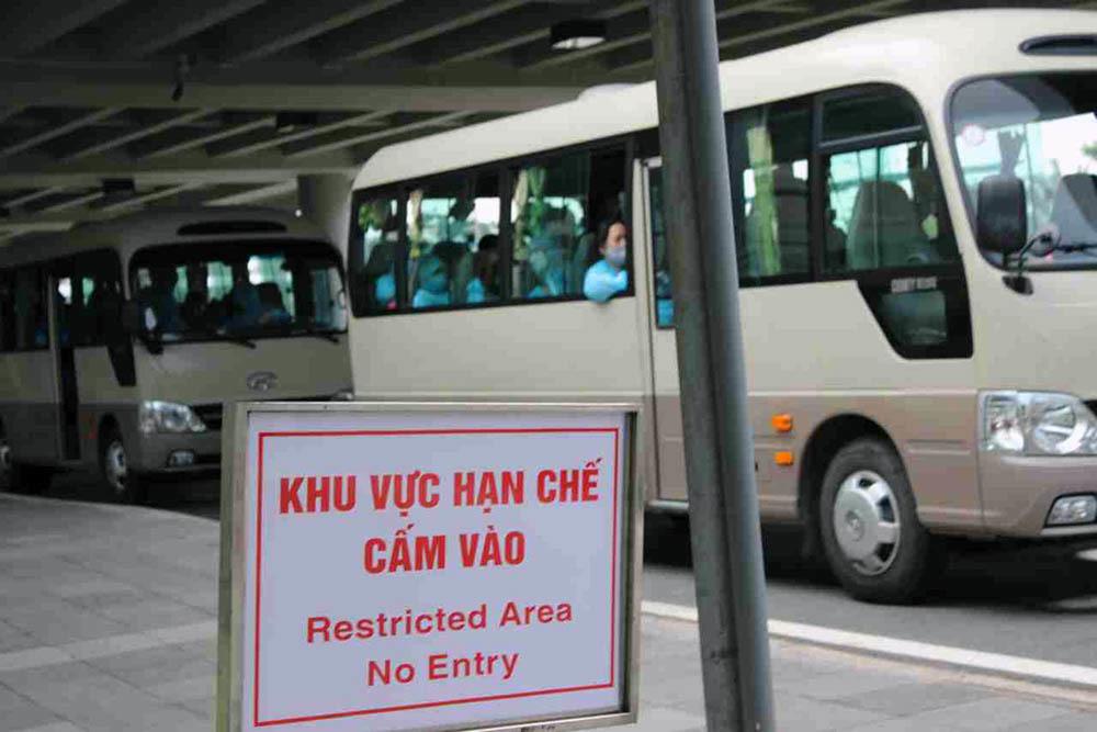 Sân bay Cần Thơ đón 334 công dân Việt Nam từ Singapore về