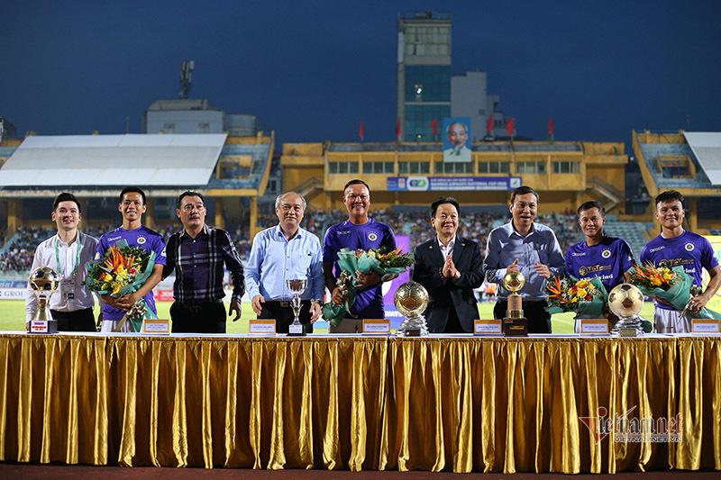 Hà Nội vinh danh các Quả bóng vàng Việt Nam