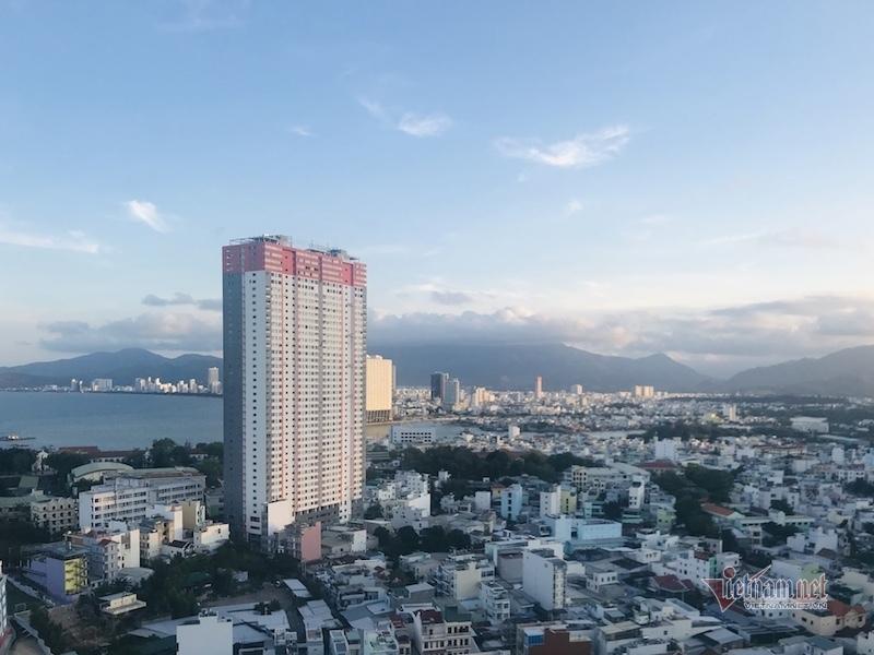 Bát nháo căn hộ chung cư, condotel tự doanh kéo tụt du lịch Việt