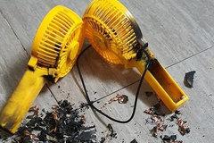 Quạt sạc mini cầm tay giá rẻ bán tràn lan, coi chừng rước họa vào thân
