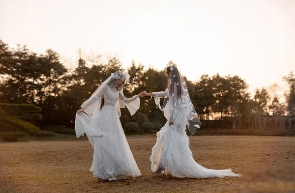 Đám cưới đồng tính của nữ diễn viên múa Trung Quốc